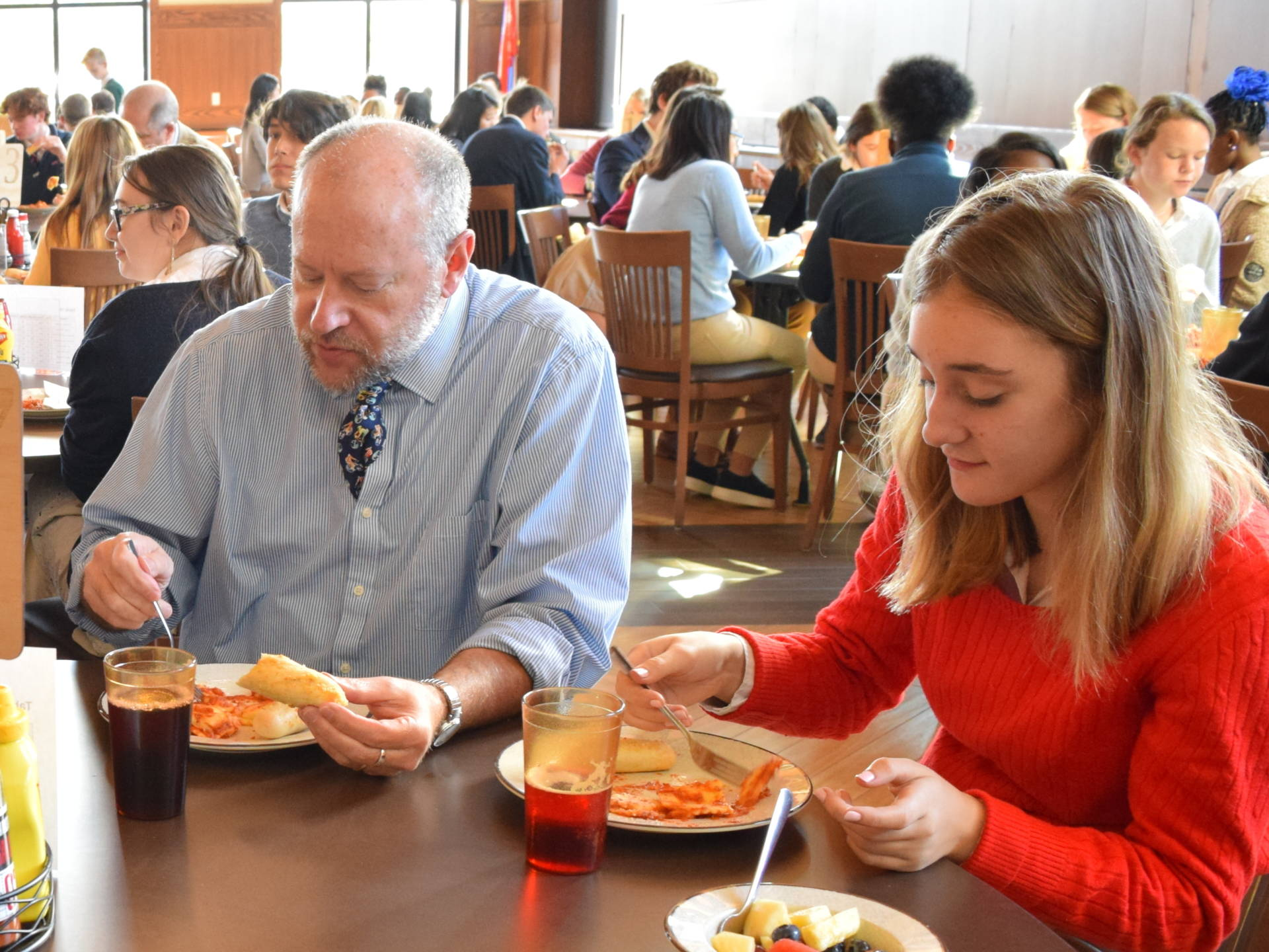 How Assigned Seats During Lunchtime Can Foster a Positive School Culture | MindShift
