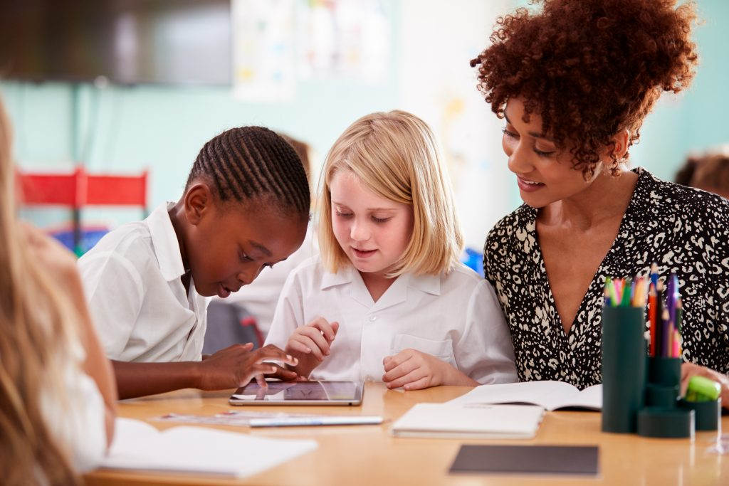 Technology Tools That Can Help Dyslexic Students | MindShift