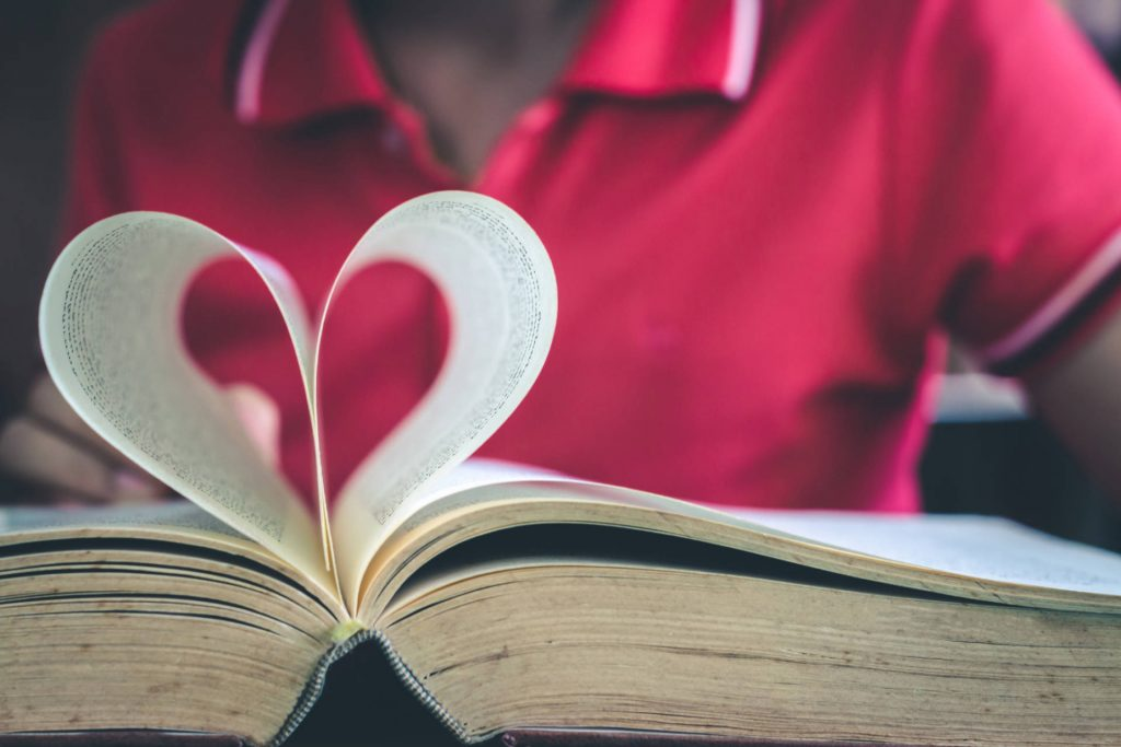 Tips And Tricks Parents Can Use To Nurture a Love of Reading in Kids | MindShift