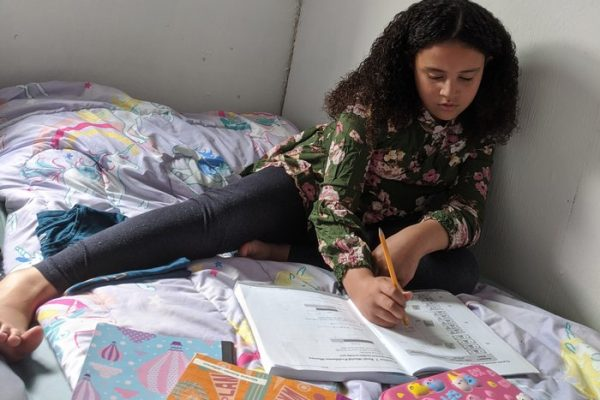 Homeless Families Face High Hurdles Home-Schooling Their Kids