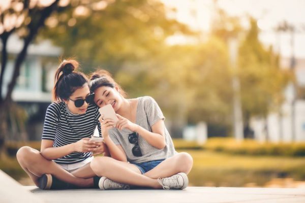 How Friends Influence One Another–For Better or Worse–in High School